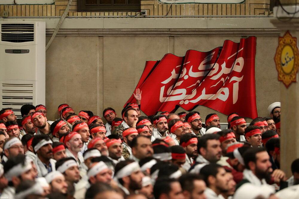 تصاویر/ دیدار جمعی از بسیجیان سراسر کشور با رهبر انقلاب
