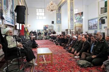 شهدا سند افتخار انقلاب اسلامی هستند