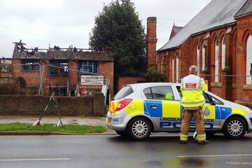 UK mosque set for approval after 'hate crime' arson attack