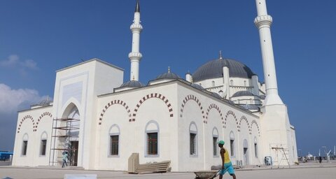 Djibouti's biggest mosque, a gift from Turkey, opens