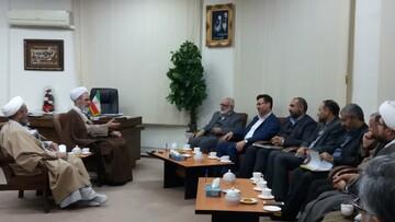 حوزه علمیه آماده است در طرح مددکاری اسلامی با کمیته امداد همکاری کند