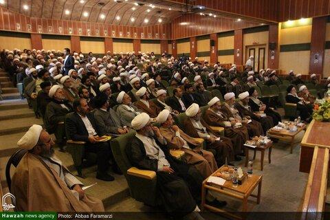 بالصور/ مؤتمر أساتذة المراكز التخصيصة ومؤسسات التعليم العالي للحوزة العلمية بقم المقدسة