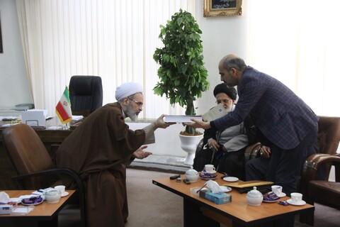 دیدار ستاد کنگره ملی شهدای استان قم با آیت الله اعرافی