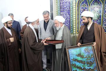 تصاویر/ مراسم تکریم از امام جمعه شیروان