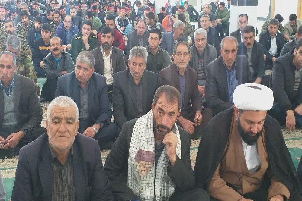 مراسم گرامیداشت هفته بسیج در مدرسه علمیه مطلع الفجر گیلانغرب
