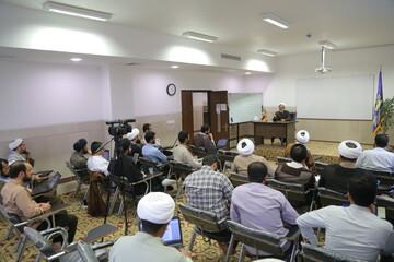 تصاویر/ نشست اندیشه ها و تبلیغ جهادی و ثمرات آن در عرصه بین الملل در موسسه دارالاعلام