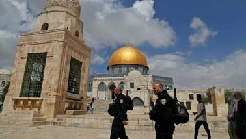 Israeli force bites Palestinian security guard at Al-Aqsa Mosque
