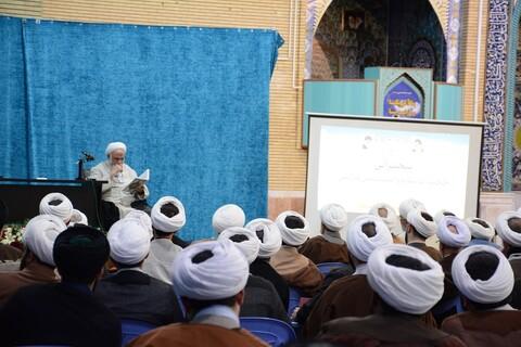 تصاویر/ همایش نقش روحانیون در ترویج نماز در ارومیه با حضور حجت الاسلام  محسن قرائتی