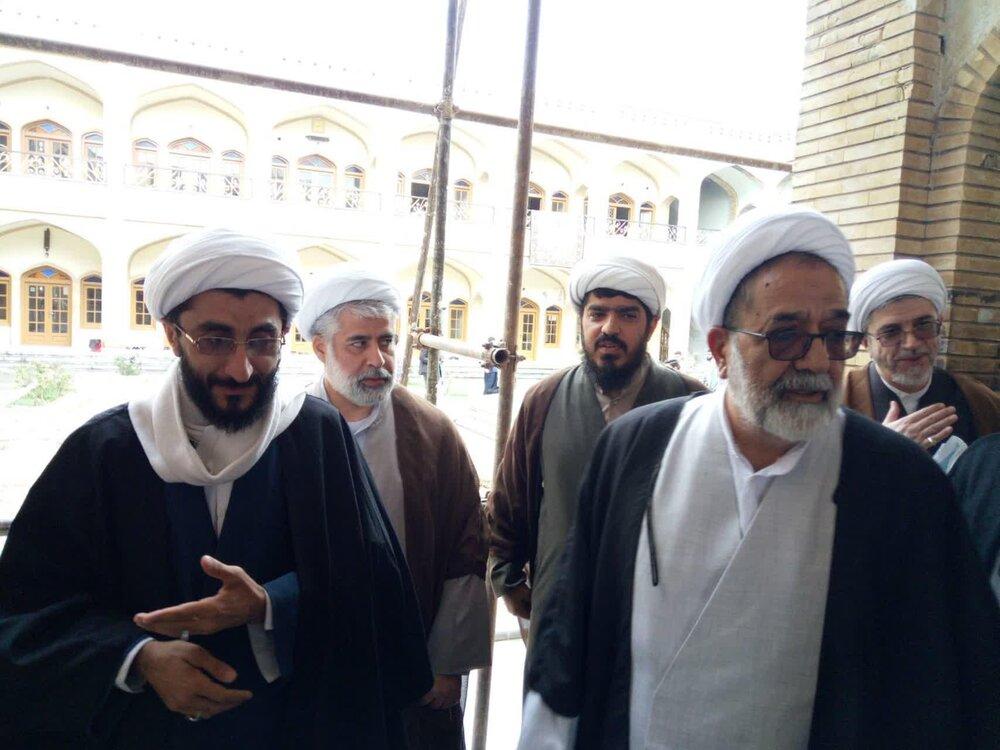 معاون تبلیغ حوزه از مدارس تخریب شده فارس در اغتشاشات اخیر بازدید کرد