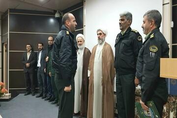 نیروی انتظامی مظهر اقتدار  و صلابت در برابر اخلالگران و آشوبگران است