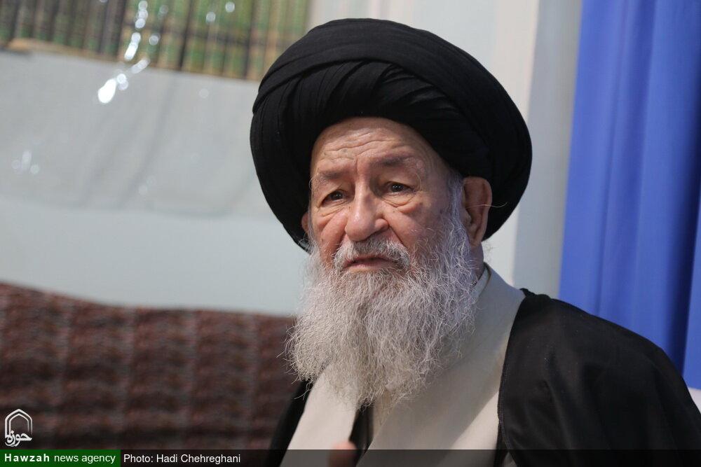 حجت الاسلام والمسلمین منتظری منشأ خدمات و برکات متعدد در انقلاب و حوزه علمیه بود