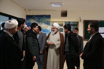 حضور سرزده امام جمعه قزوین در جمع دانشجویان+ عکس