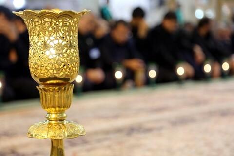 تصاویر/ آیین شمعدان گردانی در سالروز رحلت بانوی کرامت حضرت فاطمه معصومه(س)