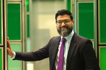 «شب شعر» توسط انجمن مسلمانان لندن برگزار گردید