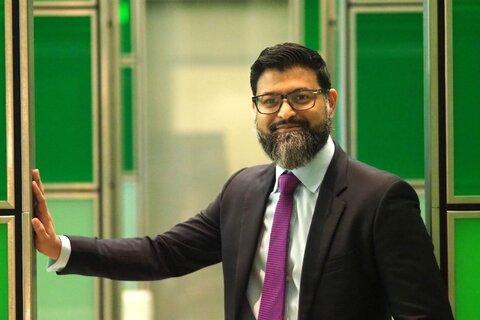 «شب شعر» توسط انجمن مسلمانان در لندن برگزار گردید