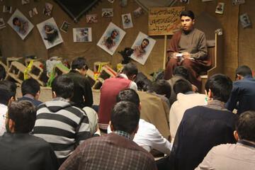 تصاویر/ محفل انس با قرآن کریم و آموزش منبر در مدرسه علمیه امام صادق(ع) قروه