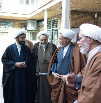 مدیر حوزه علمیه فارس از مدرسه امام صادق(ع) مرودشت بازدید کرد