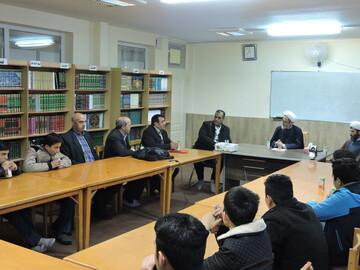 بازدید دانش آموزان تبریزی از مدرسه حضرت ولیعصر(عج)