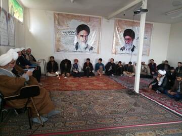 مدیر حوزه علمیه فارس با طلاب مرودشت دیدار کرد