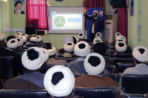 نشست روحانیان مستقر خراسان شمالی