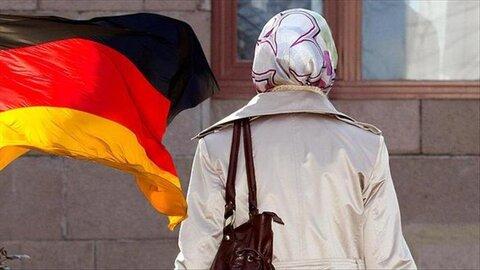 حمله وحشیانه به دختر 11 ساله محجبه در آلمان