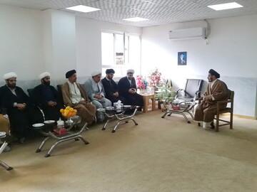 تصاویر/ دیدار نماینده جدید ولی فقیه در لرستان با روحانیون طرح هجرت خرم آباد