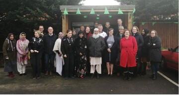 جشن راهاندازی «یخچال اجتماعی» در شهر بنبری انگلستان برگزار شد