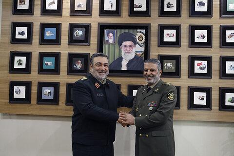 سردار اشتری در دیدار فرمانده کل ارتش