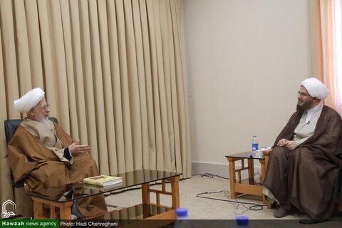 بالصور/ رئيس مجلس التخطیط لأئمة الجمعة في البلاد يلتقي بسماحة آية الله جوادي الآملي بقم المقدسة