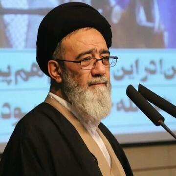 الديمقراطية والالتزام بالشريعة الإسلامية هما روح وحقيقة النظام الإسلامي