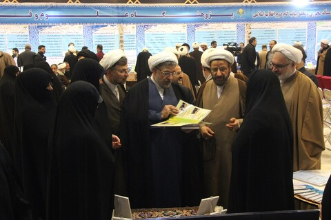 تصاویر/ نمایشگاه دست آوردهای دفتر تبلیفات اسلامی