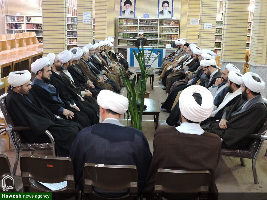 تصاویر/ نشست علمی اساتید حوزه علمیه و اساتید معارف دانشگاه تبریز