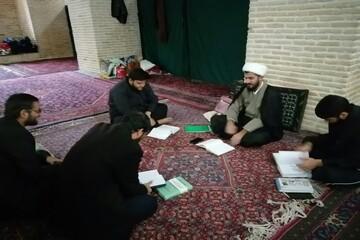 تصاویر/ اعتکاف علمی معرفتی ویژه طلاب در مسجد جامع کرمانشاه