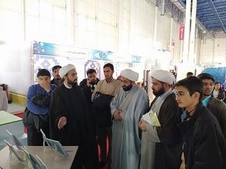 بازدید طلاب مدرسه علمیه حاج شیخ کاشمر از نمایشگاه پژوهش و فناوری