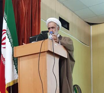 هدف فرقه های ضاله و منحرف در منطقه، تضعیف انقلاب اسلامی است
