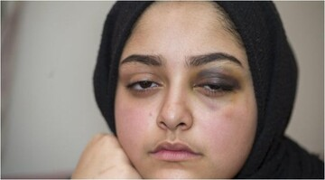 Sheffield Muslim schoolgirl  'throttled with her own hijab' on bus