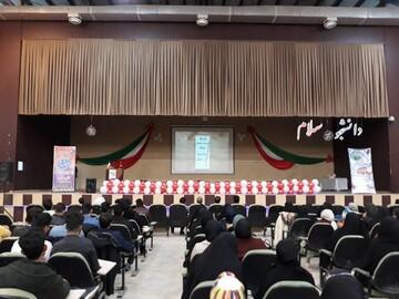 شرکت ۵۰۰ دانشجو و طلبه شهرستان فردوس در یک همایش