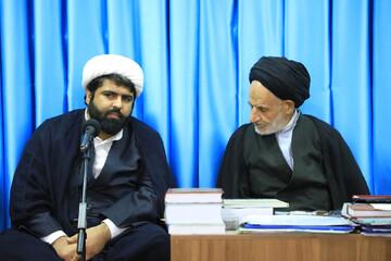 پایه های خانواده ایرانی ضعیف شده است