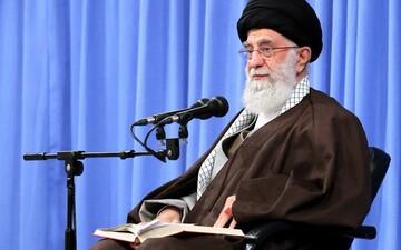 شرح الإمام الخامنئي لحديث نبوي حول المؤمنين الذين تفوق منزلتهم منزلة صحابة رسول الله (ص)