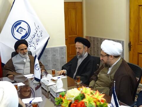 نشست مدیران نهادهای حوزوی استان آذربایجان شرقی با رئیس مرکز خدمات حوزههای علمیه