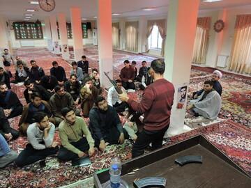 تصاویر/ دوره آموزشی طلاب بسیجی مدرسه علمیه ولیعصر(عج) تبریز