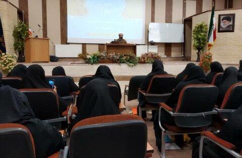 برگزاری همایش طلیعه ی حضور ویژه ی طلاب جدیدالورود حوزه های علمیه خواهران استان ایلام