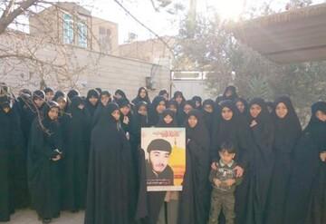 دیدار جمعی از طلاب جامعه الزهرا(س) با خانواده شهید صابری