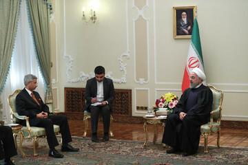 آمریکا ناگزیر است قبل یا بعد از انتخابات ریاست جمهوری دست از فشار حداکثری بر ایران بردارد