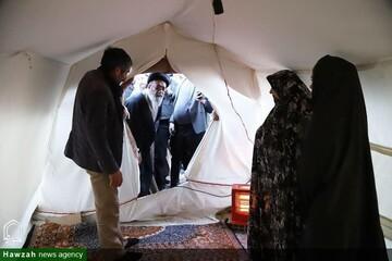 بالصور/ ممثل الولي  الفقيه في محافظة أذربيجان الشرقية يتابع وضع الإسكان للمتضررين من الزلزل في مدينة ميانة شمالي شرق إيران