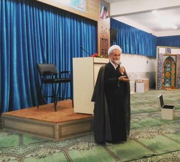 امام جمعه نجف آباد: ارتباط بین منزل، مدرسه و مسجد تقویت شود