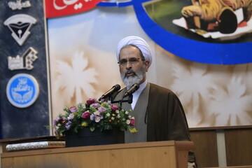 نظام دفاعی ایران از شاخصه اتصال به ملت و فداکاری در عقیده برخوردار است
