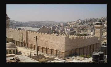 نظامیان اسرائیلی یک جوان معلول را در نزدیکی مسجد ابراهیمی بازداشت کردند