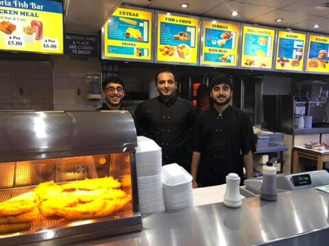 Muslim-owned Cardiff chippy gives free Xmas meals to homeless
