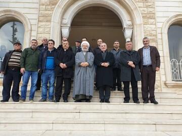وفد من حزب الله زار كنيسة مار جرجس في جدرا مهنئا بالأعياد